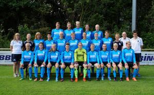 1-Frauen-Mannschaftsfoto